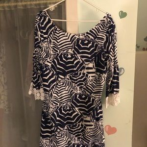 Lily Pulitzer dress, blue/white, lace sleeves.